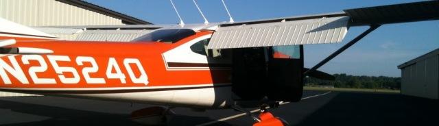 Skylane N2524Q at Gwinnett County Airport